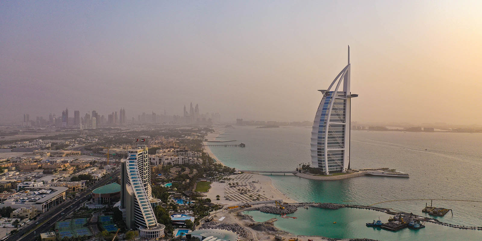 30 Funny Dubai Puns to get you Laughing out Loud!